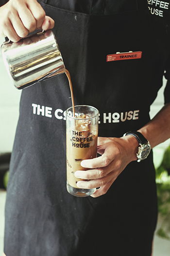 the coffee house, cafe sua da